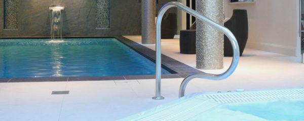 Hôtel avec spa et piscine